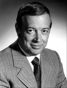 Hugh_Downs_1972
